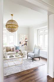 chic living room dcor: read more on smp http wwwstylemeprettycom living