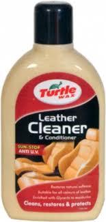 <b>Очиститель</b>-<b>кондиционер кожи Turtle</b> Wax Leather Cleaner 500мл.