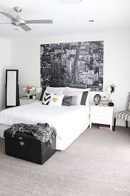 1000 ideas about black white bedrooms on pinterest white bedrooms white bedroom decor and bedrooms black white bedroom interior