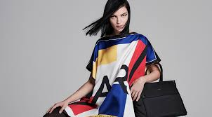 <b>Куртки Karl Lagerfeld</b> - купить брендовые женские <b>куртки</b> 2020 в ...
