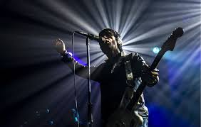 Johnny Marr gives London an 'English indie panic attack' by playing ...