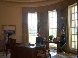 the george w bush presidential library and museum oval office replica you can bush library oval office