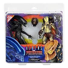 <b>NECA Alien</b> Figures: Amazon.co.uk