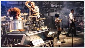 <b>Simple Minds</b> - Wikipedia