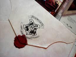 Γιατί δεν μας ήρθε ποτέ το γράμμα από το Χόγκουαρτς; Images?q=tbn:ANd9GcSYi_wkGrh2cVbb8qj15gXKIG2ItrW5De-RCaAMvfO1jxrsreRmgw