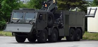 Výsledek obrázku pro armádní vozidlo