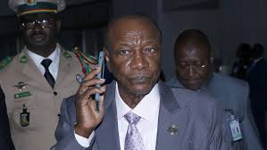 Guinea voters back controversial constitution changes | Guinea ...