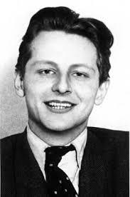 Der deutsche Schriftsteller und Publizist Wolfgang Leonhard im Jahr 1956. Er wurde am 16. April 1921 in Wien geboren und emigrierte 1933 nach Schweden und ... - 2755622,1402450,highRes,maxh,480,maxw,480,Wolfgang%2BLeonhard%2Bim%2BJahr%2B1956%2B%252528media_165070%252529