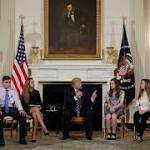 Trump erwägt, Lehrer zu bewaffnen