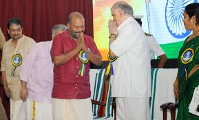 adequate agriculture minister v s sunil kumar greets governor p sathasivam as he arrives to inaugurate vaiga 2016 at the kanakakkunnu palace tpuram adequate storage space