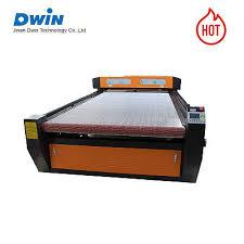 <b>80w 100w</b> 120w <b>auto feeding</b> laser cutting machine for fabric clothe ...