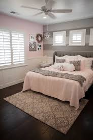 Small Grey Bedroom Bedroom Gorgeous Small Bedrooms Decoration Ideas With Grey
