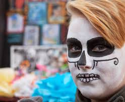 arts without borders  milwaukee    s day of the dead   a photo essay added to the personal ofrendas  shrines created by individuals or families to honor and remember the dead  and