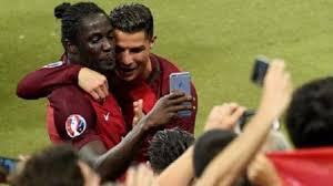 Hasil gambar untuk foto Ronaldo final euro 2016