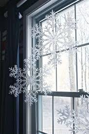 Decorazione Finestre Neve : Come decorare le finestre a natale foto design mag