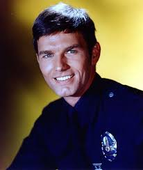 Birthday: Sep 26; Birthplace: Not Available; Bio: Supporting actor Kent McCord is ... - 9143349_ori
