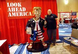 Max Burns: <b>Golden</b> Trump <b>statue</b> at CPAC implies he's king of the ...