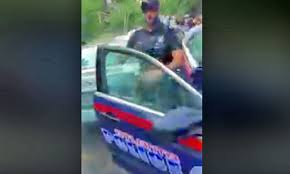 Atlanta cop trying to stop <b>water gun</b> fight flees in drenched shame ...