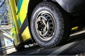 South East Coast Ambulance Service switches to <b>Michelin Agilis</b> ...
