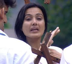 Kamya Punjabi crying in 'Bigg Boss 7' on day 29. As Ratan was getting evicted from the house, Kamya was seen crying since she saw the door open and wanted ... - Kamya-Bigg-Boss7