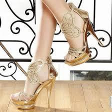 احذية انيقة 2013- أجمل الأخذية images?q=tbn:ANd9GcS