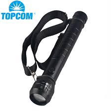 TopCom Heavy Duty <b>Big D</b> Cell or 18650 Police Flashlight Torch 3D ...