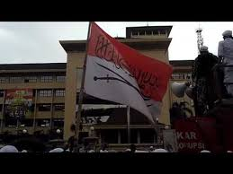 Hasil gambar untuk pelecehan bendera