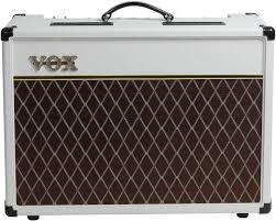 Ламповый <b>гитарный комбо Vox AC15C1</b> WB: Creamback