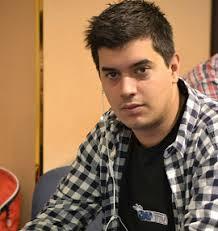 El chip leader es Benjamín García con 1.065.000 puntos, seguido de Alexander ... - sergio-fernandez-270