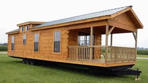 oak log cabins: oak log cabin on wheels