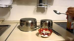Как очистить пригоревшую кастрюлю содой и перекисью водорода