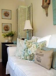 chic country cabin tv room chic family room decorating
