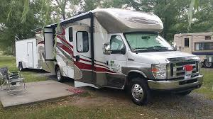 full time rv living buying a 5th wheel or a motorized rv full time rv living