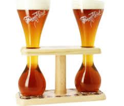 <b>Набор из 2-х бокалов</b> Pauwel Kwak 0,33 на деревянной подставке