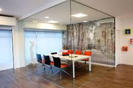 apri showroom in portugal reserved to actiu furniture actiu furniture