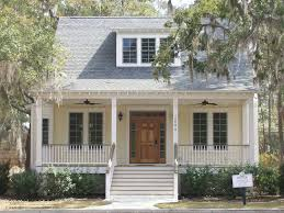 images about House Exteriors on Pinterest   House plans       images about House Exteriors on Pinterest   House plans  Traditional exterior and Porches