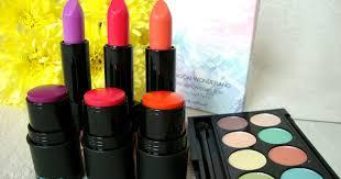<b>Sleek Makeup Whimsical Wonderland</b> Collection   Alice Anne