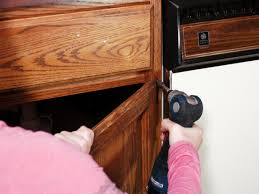 Diy Staining Kitchen Cabinets How To Paint Kitchen Cabinets How Tos Diy