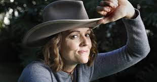 How Brandi Carlile learned to <b>love Joni Mitchell</b> - Los Angeles Times