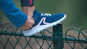 Готовимся к школе: как выбрать <b>кроссовки</b> для физкультуры