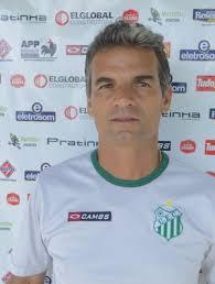 A estreia do Uberlândia Esporte no Módulo II, contra o Araxá, não foi como o técnico Eugênio Souza esperava. Para o treinador, faltou confiança dos ... - eugenio-carlos-souza-tecnico2