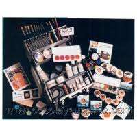 home gt makeup gt kryolan professional makeup gt special effects character and prosthetic make up gt theatrical cream make up gt kits gt the big kit