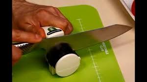 Демонстрация заточки кухонного <b>ножа</b> японской точилкой ...