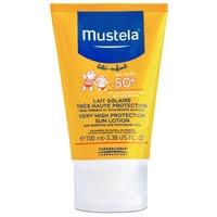 Mustela Детское <b>солнцезащитное молочко для</b> лица и тела SPF 50