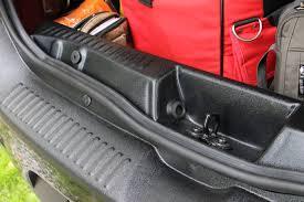 <b>Накладки на порог багажника</b> и задний бампер. — Renault ...