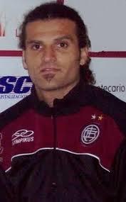 Oswaldo Vizcarrondo (VEN). de: vagnerk. Colgado hace 20 meses. (Votos: 0) - 105142_ori_oswaldo_vizcarrondo
