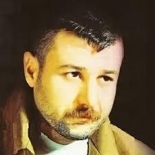 Yaklaşık 2 haftadır Güllük Caddesi üzerinde bulunan Max Taverna adlı gece kulübünde sahneye çıkan Azer Bülbül'ün menajeri Sıddık Bölükbaşı, ... - azer-bulbul-hayatini-kaybetti-3245415_4197_o