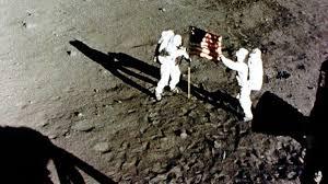 Apollo 11 Moon Landing Timeline: From Liftoff to Splashdown ...