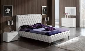 Modern Bedroom Set Adriana Modern Bedroom Set