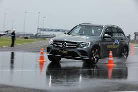 <b>Goodyear EfficientGrip</b> Performance <b>SUV</b> tyre: Track test in Thailand ...